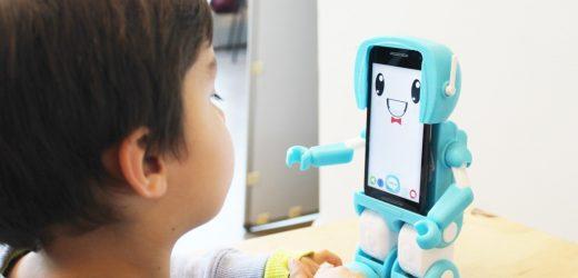 SIMA: El robot made in Chile que ayuda a tus hijos durante la cuarentena