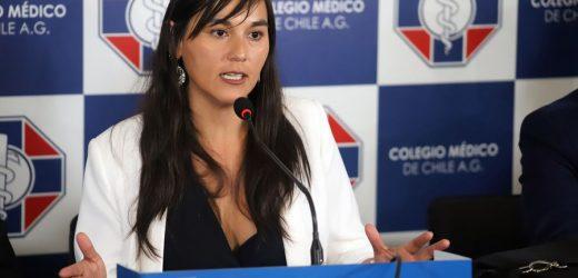 Izkia Siches se disculpa por sus dichos y pide que el foco vuelva a combatir la pandemia