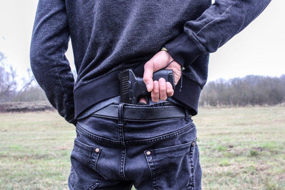 En prisión preventiva quedó un hombre que disparó al rostro de su expareja en Cabrero